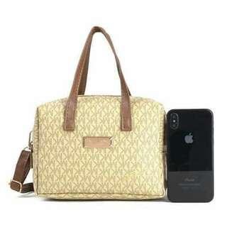 2 way handbag and sling bag.