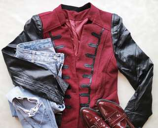 ⚡BLACK AND MAROON MILITARY JACKET WITH LEATHER SLEEVES⚡