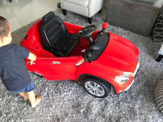 Kids Electric Toy Car with remote control