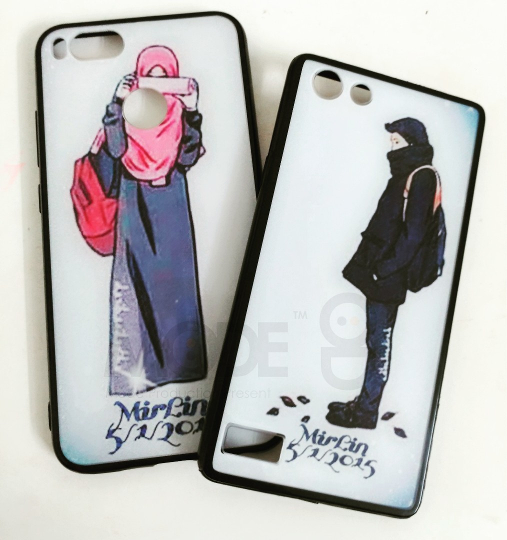 best sneakers 3f5cc 5ea3c Couple Phone Case. Custom made with own design/picture.