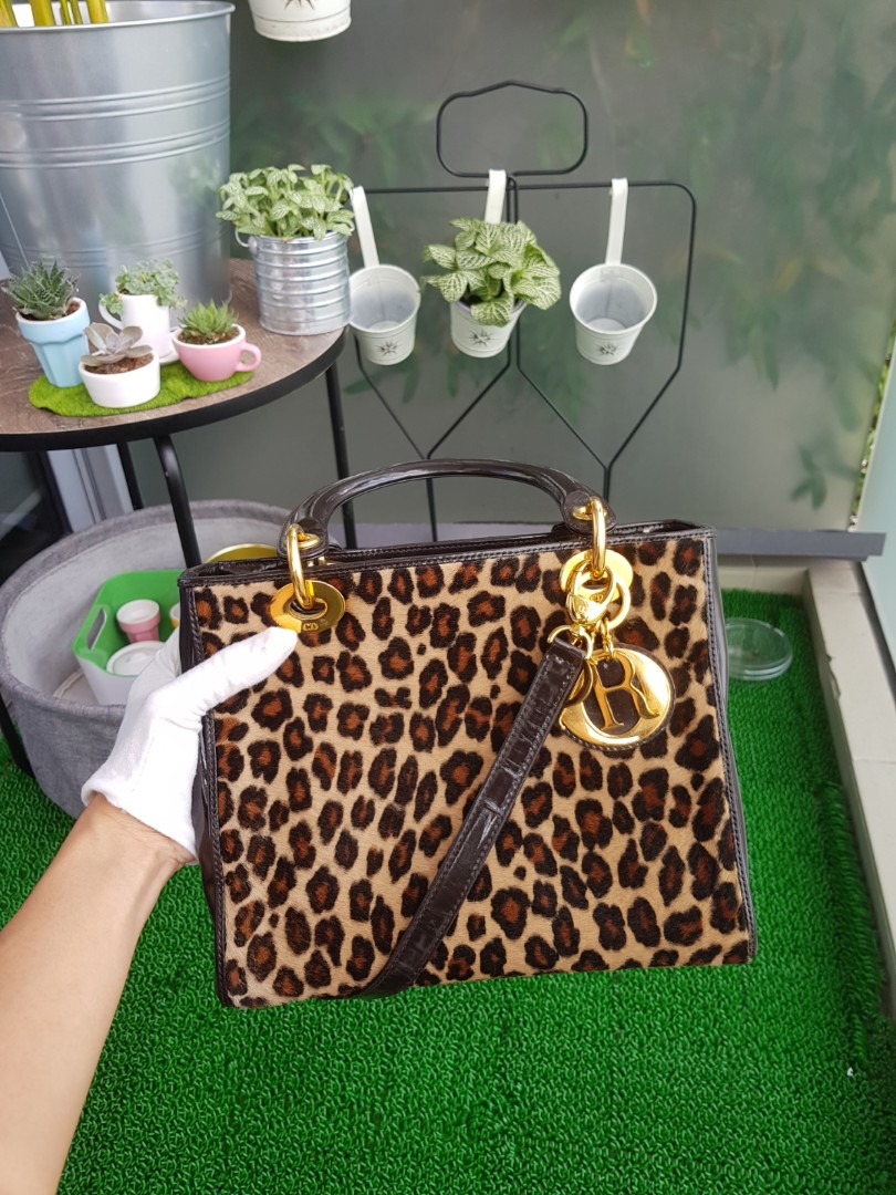 673bde604d44 Lady dior medium leopard w/ black patent Ghw, Luxury, Bags & Wallets on  Carousell