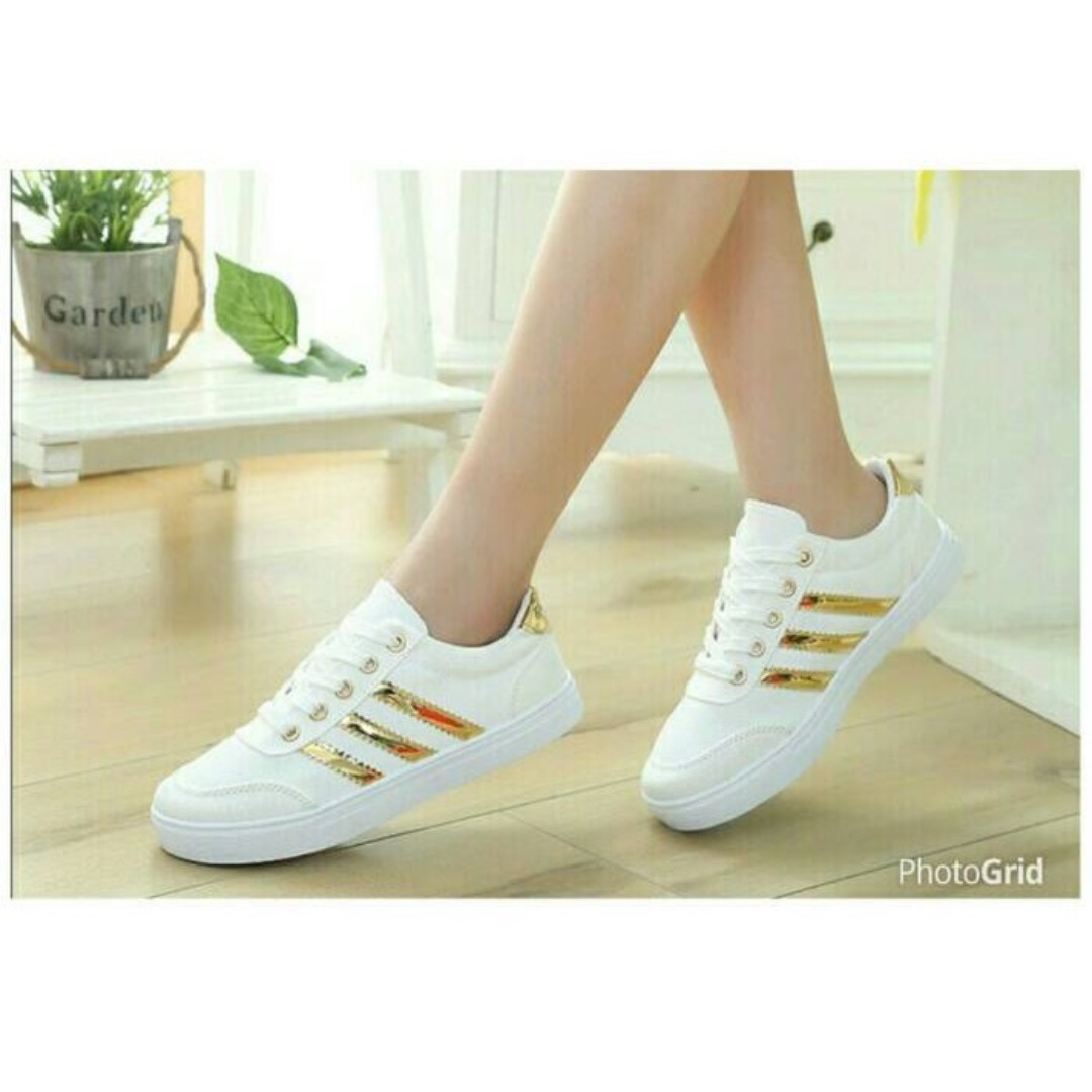 Wanita Gt Sepatu Wedges Peter Keiza Ladies Fila Women Oglio Shoes Putih Pink Sneakers White List Garis Stripe Gold Preloved Fesyen Di Carousell