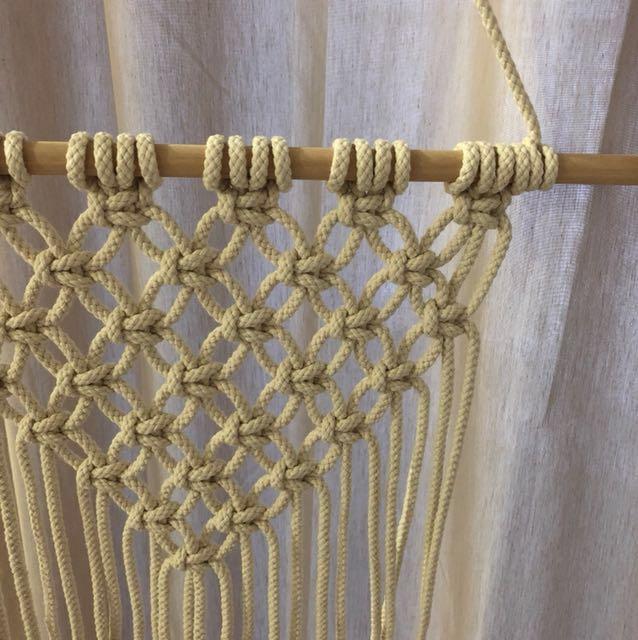 SPOTLIGHT : Hanging Macramé Natural