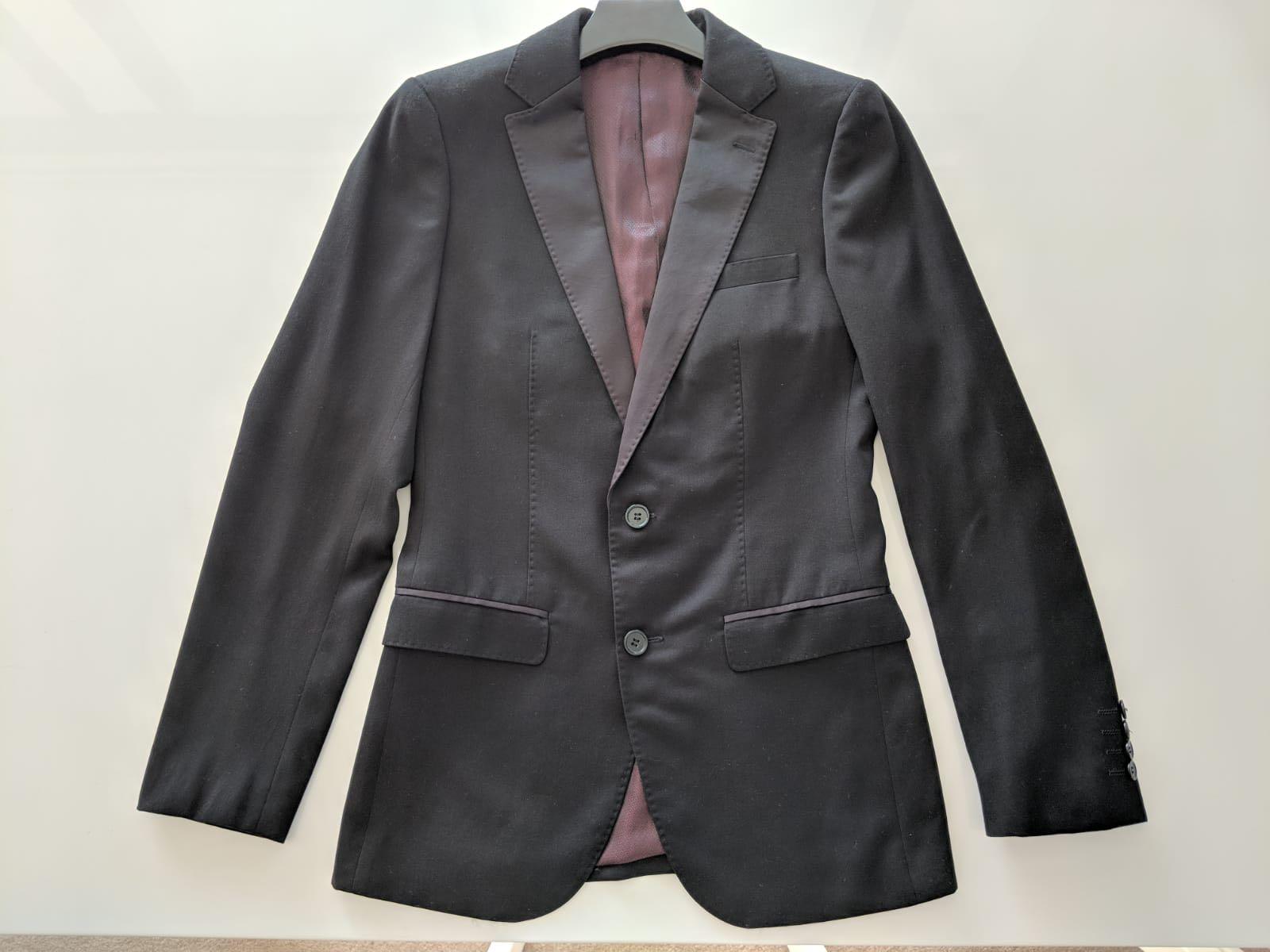 YD Men's Formal Wear Suit Blazer Set (Used)
