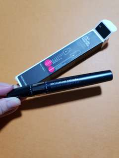 The face shop 2 in 1 curling mascara in black