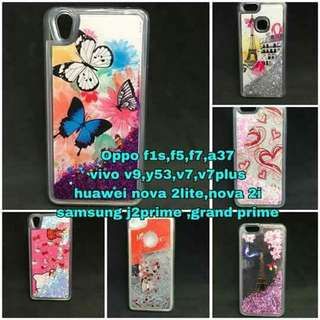 Case with moving glitters