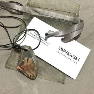 🚚 Swarovski 茶色不規則水晶 附皮繩