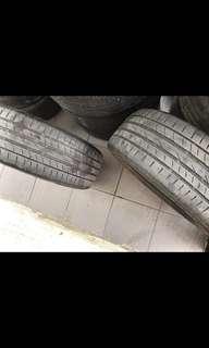 Tyre 215/50/17