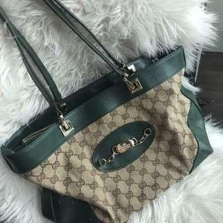 Gucci 👛