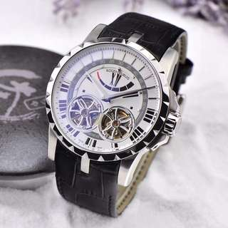 New Roger Dubuis