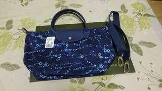 Longchamp限量櫻花藍手提斜背包