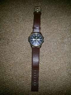 Jam Tangan CURREN Leather (freeongkir jabodetabek)