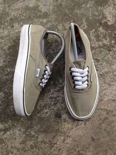 Vans Authentic shoes