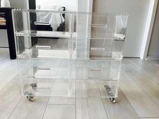 Acrylic organizer on wheels