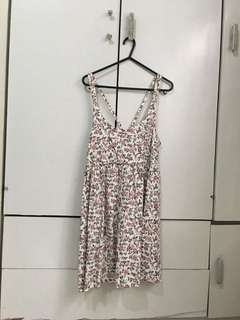 Pull & Bear Floral Backless Dress