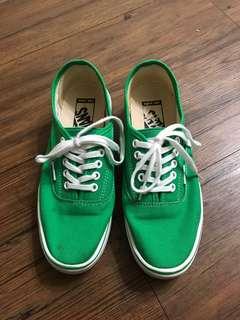 🚚 Vans 滑板鞋