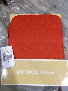 Ipad / Tablet Sleeves Michael Kors (New - Never used)