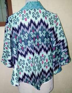 Cardi wanita batik (model bisa di bolak balik?)