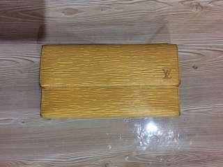 Authentic Louis Vuitton Lv Tassil Yellow Epi International Wallet