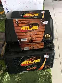Sarung Atlas Premium 750 kotak plastik dewasa