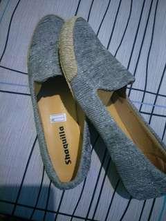 Sepatu flatshoes