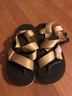 6f877afe5412 suicoke sandals