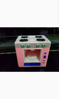 oven toy with turning plate
