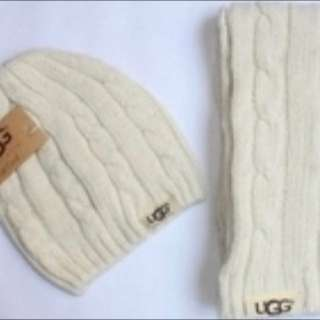 New Ugg Hat And Scarf Set