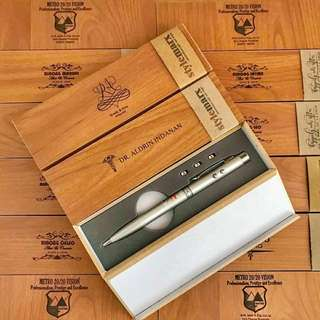 Stylemarx Personalized Steel Pen in wood case