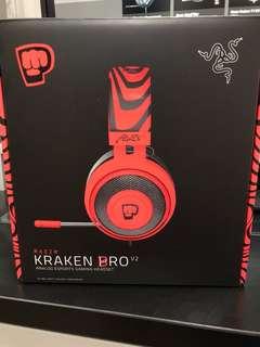 <TOTALLY NEW> Razer Kraken Pro V2