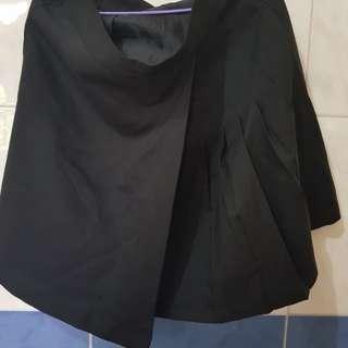 Black Skater skirt (w/ zipper)