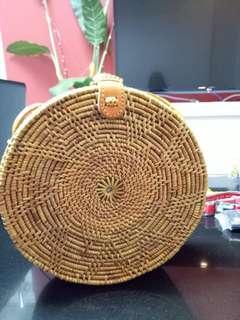 Bali rattan brown clip lock