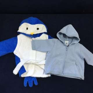 (3-6 mos) Petit Bateau hooded zip-up sweater & Penguin Bathrobe (set)