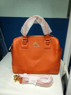 Authentic Tory Burch Robinson Medium Satchel