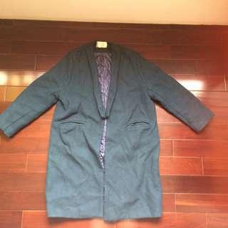 🚚 墨綠繭型大衣