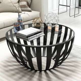 Contemporary Lines Living Room / Coffee Table
