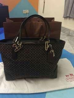 Handbag coach