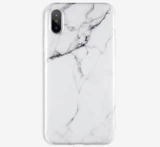 On hand iPhone 7+ Marble Case