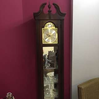 (Fast deal offer) Standing clock from Da Vinci