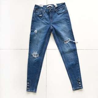 Ori ZARA Skinny Ripped-Jeans size S
