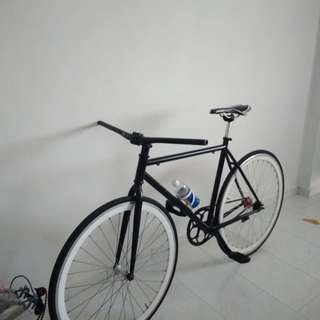 Selling away fixie parts/Full bike (Fast deal $190)