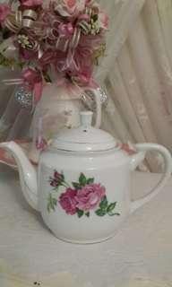 Teapot Twin Roses
