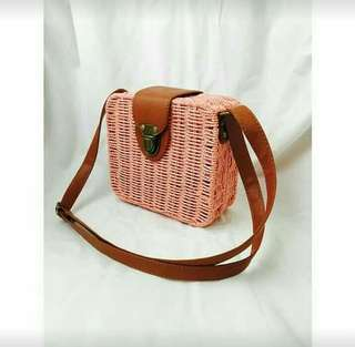 Ratan bag made in bali,indonesia