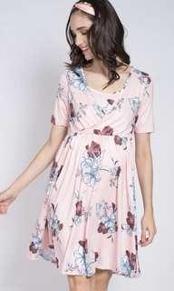 Jumpeatcry Taylor Floral Nursing Dress Size M