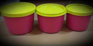 Tupperware kit cup set