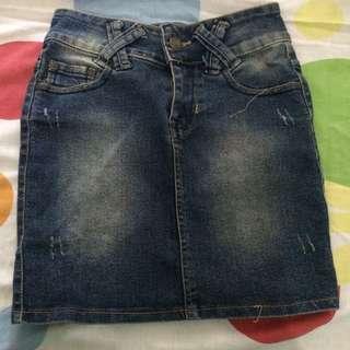 Denim skirt / jeans skirt / rok jeans