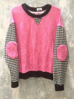 LOONEY PINK SWEATER