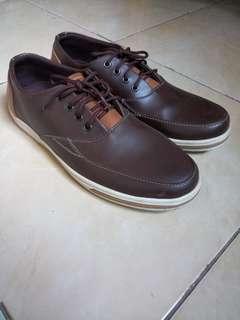Sepatu Mens Republic Coklat ukuran 41