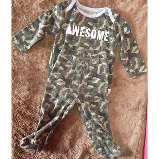 baby set onesies with PJ 6months