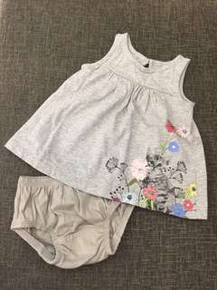 0-3m Baby Gap Dress with panty